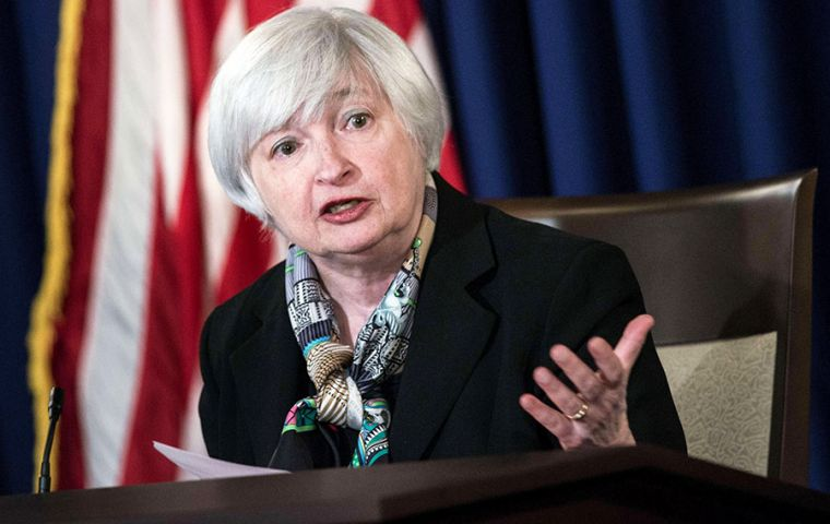 Fed chair Janet Yellen tried to reassure markets but most economists are skeptical that the Fed's unconventional policy tools are nearly so effective.
