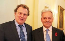 Argentine Ambassador Carlos Sersale with Deputy Foreign Minister Alan Duncan