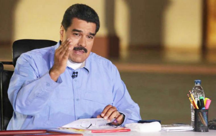 Nicolas Maduro sees himself above Mercosur's fouding countries