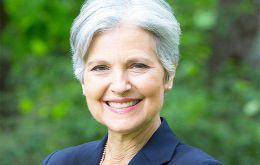 Green Party presidential nominee Jill Stein's move for manual vote recount is very unlikely to reverse Trump's victory