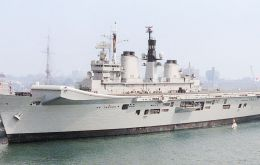 HMS Illustrious is the last aircraft carrier of the Royal Navy until the new Elizabeth-class ships become available