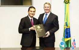 Dr Liam Fox and Minister for Industry, Foreign Trade and Services, Marcos Pereira emphasized the importance of current bilateral cooperation<br /> <br /> <br />