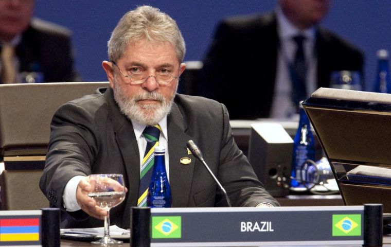 Lula was accused of having used his influence to help Saab win the tender for 36 jets worth around US$5.6 billion.