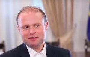 Malta's Prime Minister Joseph Muscat said the hijackers had used fake  weapons, just replicas.