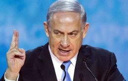 Prime Minister Benjamin Netanyahu repeated on Sunday the Israeli claim that US President Barack Obama and Secretary of State John Kerry were behind the UN resolution condemning his country.