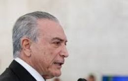 The Brazilian president said he will veto plans to renegotiate loans with Rio, Minas Gerais and Rio Grande do Sul states, which are on the verge of defaulting