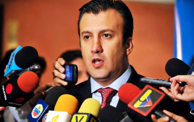 Maduro named governor Tarek El Aissami as vice president, replacing Aristobulo Isturiz, who had served as an intermediary with the opposition-run legislative