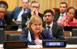 Meeting in Santo Domingo, foreign minister Susana Malcorra thanked the Celac summit once again for the support to Argentina's rights over the Malvinas islands