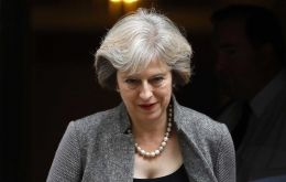 The draft legislation was approved 494 votes to 122, and now moves to the House of Lords. PM Theresa May wants to trigger formal Brexit talks by the end of March.