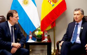 Spanish PM Mariano Rajoy is expected to five full support to Macri and his decision to return his country toward liberal orthodoxy after the Kirchner years.