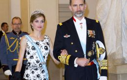 King Felipe had accepted an invitation from the Queen in December 2015 to visit the UK accompanied by Queen Letizia.
