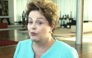 Ex president Rousseff did not deny the rumors, though she lived in the Alvorada palace and rejected the idea that ghosts were worth fearing.