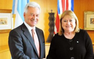 Last September foreign minister Malcorra and FCO minister Alan Duncan signed a joint statement which referred to additional Falklands' air with South America