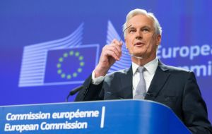That summit will draw up a mandate for the European Commission's chief negotiator, Michel Barnier, probably allowing talks to begin in earnest in May.
