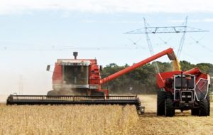 Argentina is estimated to increase farm production 50% sustainedly in the next four years, creating an additional 1.1 million jobs.