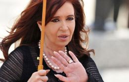 Cristina Fernandez is accused of ordering Central bank to sell dollars on the futures market at artificially low prices ahead of a widely expected devaluation