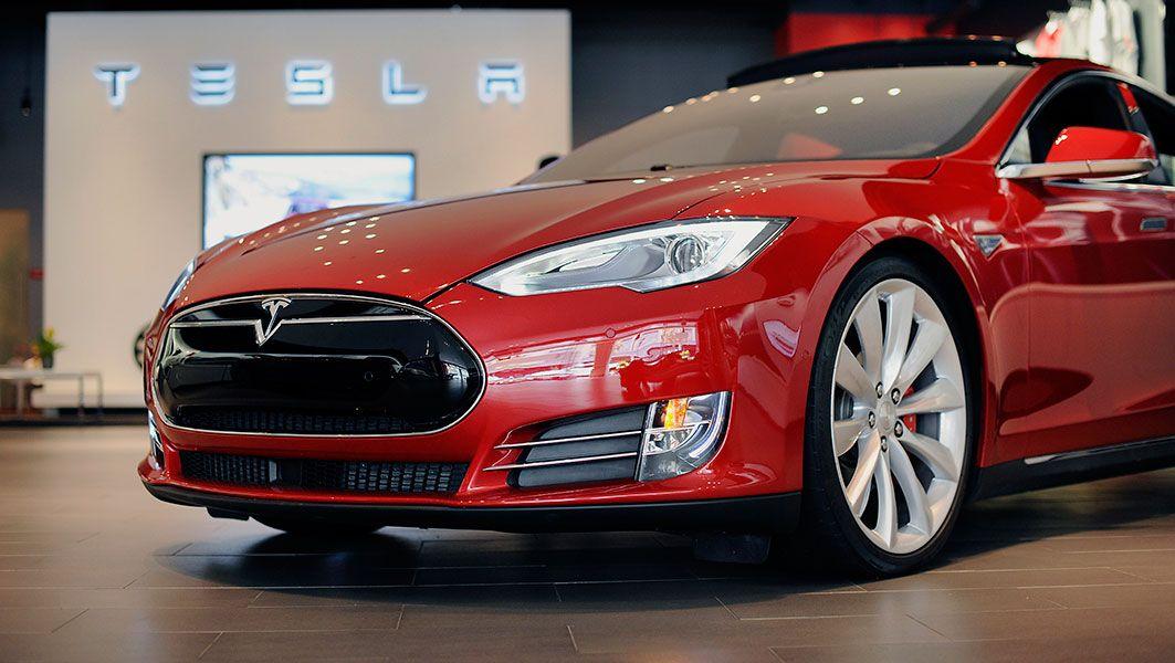 Tesla electric car maker market value overtakes Ford; 2016 ...