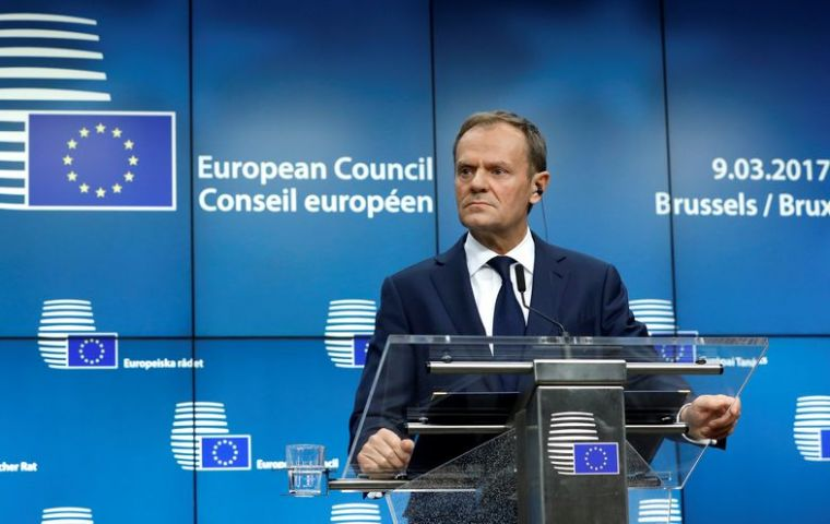 "In a letter to the EU-27 European Council President Donald Tusk says agreement on ""people, money and Ireland"" must come before Brexit negotiations"