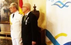Fernando Otero (R) was honored at the Argentine embassy in Madrid as a Malvinas Veteran