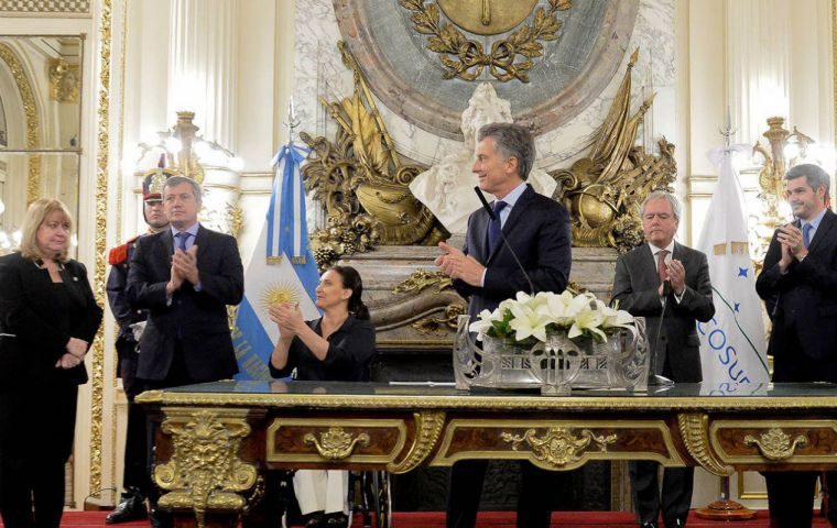 Macri praised Faurie's diplomatic career and the support he received from his colleagues when he was chosen