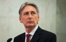 "Hammond said the UK government had to ""focus relentlessly"" on the key components of a free trade deal and customs agreement that ""minimizes friction"""