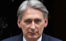 """Many things would look similar"" the day after Brexit - on 29 March 2019 - as the UK moved gradually towards a new relationship with the EU, Hammond said"