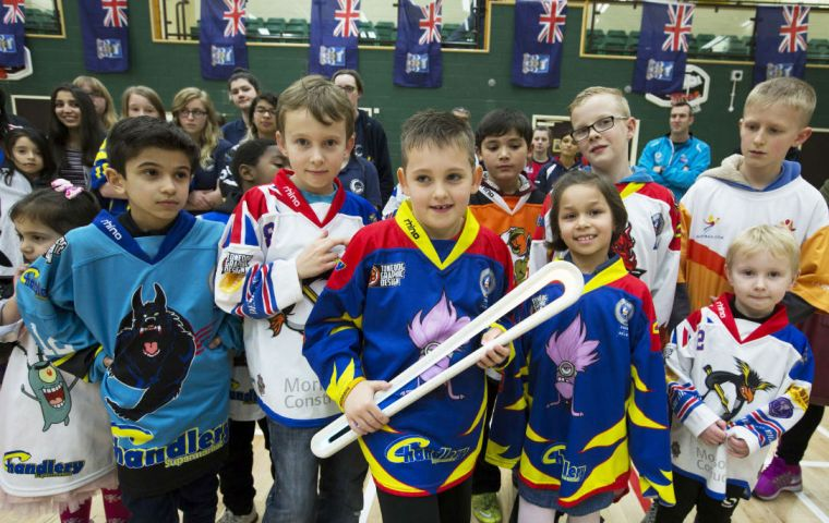 Children and athletes from every active sports club marked the Baton's route