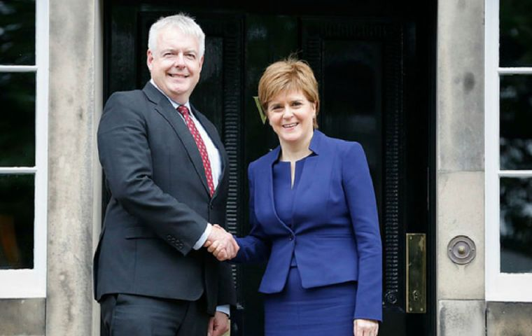 "Nicola Sturgeon met Carwyn Jones in Edinburgh and discussed their ""alternative proposals"" to the EU (Withdrawal) Bill, designed to protect devolved powers."