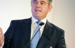 "Immigration Minister Brandon Lewis welcomed the new figures, saying: ""It was good to see a third quarter running of net migration figures coming down""."