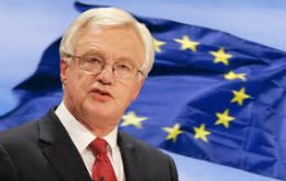 "Davis will warn Brussels not to ""drag its feet"" in discussions which must be completed in time for the deadline of March 2019."