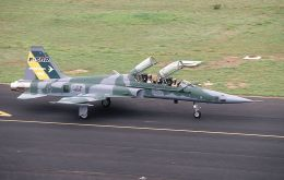 One of the options considered is renting two to four F 5 Northrop fighters from Brazil, to be manned by Argentine pilots which have experience in such aircraft