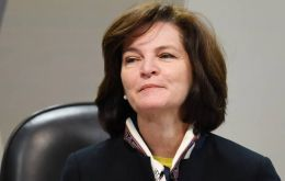 In brief remarks at the prosecutor-general headquarters in capital, Brasilia, Dodge said that the Brazilian people expected her to carry on cleaning up corruption.
