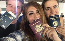 María Romina Dominzain from Uruguay (R), who traveled with Augusto Neubauer from Brazil (L) and Maritza Cárdenas from Chile.(C)