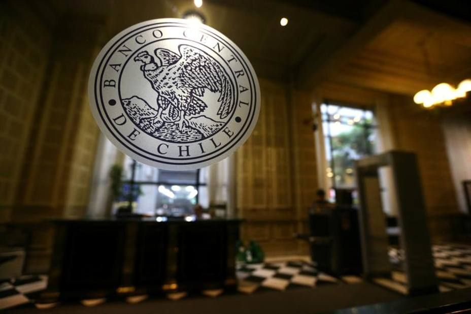 In A Statement Chile S Central Bank Said It Had Notified Venezuela And That The Line Would Be Cancelled Within 10 Days