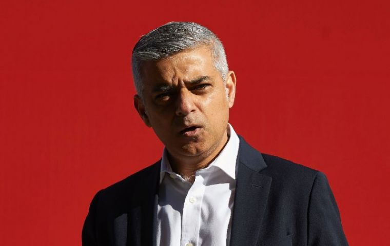 London Mayor Khan anticipated he would press for a commitment to a second national vote on whether to accept the Brexit deal or stay in the EU