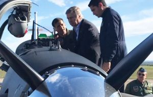 Defense minister Aguad inspects one of the Texan II, at the Cordoba Military Aviation School