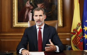 "Spain's King Felipe VI said organizers of the vote put themselves ""outside the law"". He said the situation in Spain was ""extremely serious"", calling for unity."