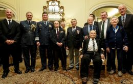 Amb. Mark Kent, Gp. Capt. RobSmith, Defence Attache; Greater Brigadier F. Nieto, Deputy Chief Argentine Air Force and D. Mundell, Secretary of State for Scotland with with argentine-polish veterans