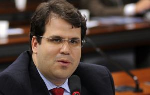 Congressman Aureo Lidio, a religious conservative from Brazil's Solidariedade Party, author of the restrictive legislation, said the new norm would give transparency to online content.