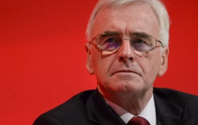 "Labour's John McDonnell urged Hammond to ""face down"" his opponents in Cabinet and state he will not support or vote for a no deal Brexit."