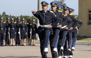 Uruguayans also have great trust in the Armed Forces and the Police, with an average support of 59%.