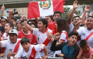 Peru finally defeated Kiwis 2/0 and conquered the 32nd place in next year's competition. Since Spain 1982, Peru had never returned to a World Cup.