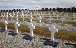 "The forensic team identified 88 soldiers, out of 123 graves, with a cross saying, ""Argentine soldier, only known to God"", at the Darwin cemetery in Falklands"