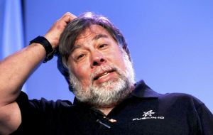 Signees included several of the architects of the early internet and world wide web, such as Vint Cerf and Tim Berners-Lee, along with Steve Wozniak (Pic)