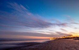 A string of beaches along the Montevideo coastline. Photo: Sebastián Astorga (www.sebastorga.com)