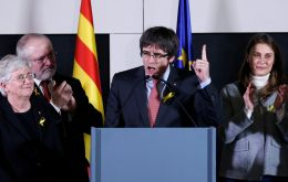 The unexpected result sets the stage for the return to power of deposed Catalan president Carles Puigdemont who campaigned from self-exile in Brussels.