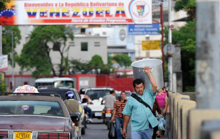 More than 550,000 Venezuelans have arrived in the last year to live in Colombia by Cúcuta