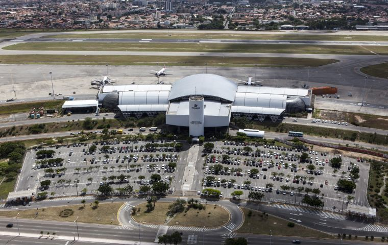 Fraport AG won the FOR and POA concessions in March 2017 during a public auction of four airports under Brazil's third round of airport privatizations.