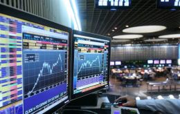 Friday's stock market rise occurred in spite a temporary profit-taking again during the midday