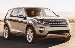 Jaguar saw strong demand for the Jaguar F-Pace, XE and XF models, while Land Rover's best-seller was the Discovery Sport, which sold 126,078 vehicles.